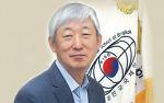 3년의 임기를 마치고 귀국 하는 송의열 방콕 한국국제학교장