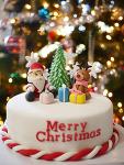 크리스마스 분위기 업 시켜주는 크리스마스 테마 케이크- 산타, 루돌프, 크리스마스 트리