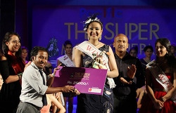 네팔인 여성 55명이 참가한 '2016 네팔 슈퍼모델 선발대회' 하이라이트