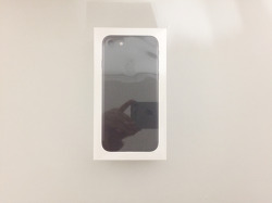 10월, IPhone7 Black