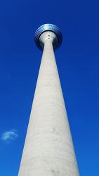 뒤셀도르프 전경,라인타워