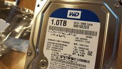 컴퓨터 하드디스크 1TB : WD10EZEX SATA3/64MB 캐쉬