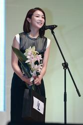 김옥빈, '영화(악녀)로 여우주연상수상' (제23회 춘사영화제)