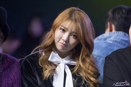161022 2017 S/S 서울패션위크 (Seoul Fashion Week) - kimmy.j 헬로비너스 서영 직찍 by 아데스