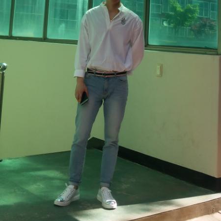 [YuvidLook] 오랜만이네요 퍼스트플로어 크롭진 닥터마틴알렉세이