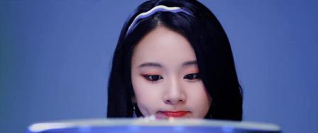 180425 Wake Me Up 뮤직비디오 트와이스 나연 모모 지효 채영 움짤