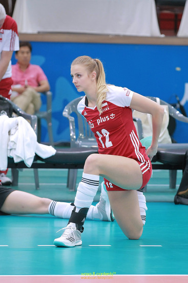 2017 FIVB 그랑프리 세계여자배구대회 폴란드 국대 12번 모니카 보시에크 (Monika Bociek) 워밍업 몸풀기 수원실내체육관