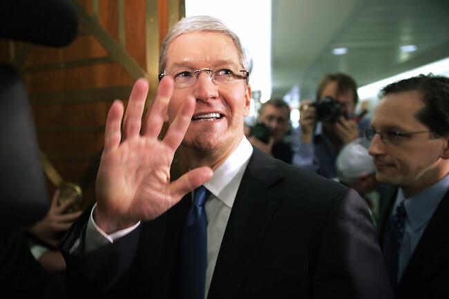 """애플 CEO, """"절세는 편법 아니다"""""""