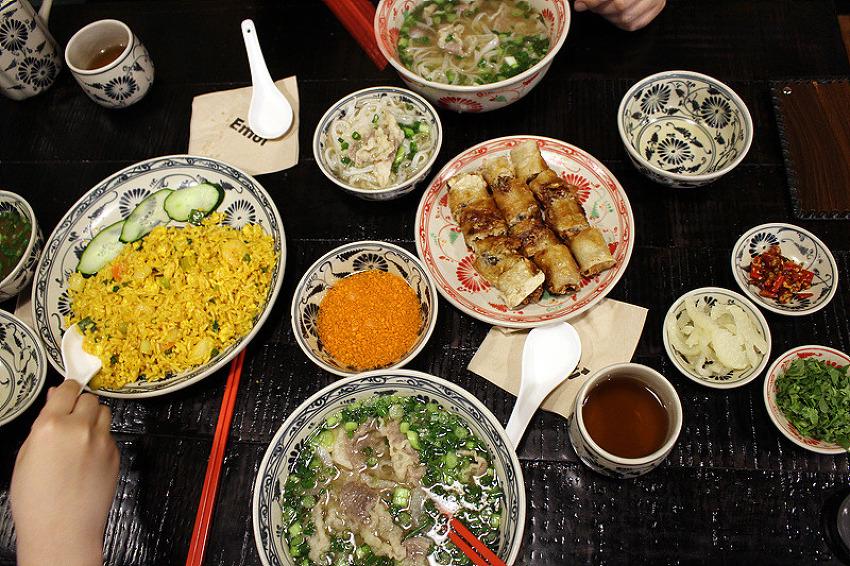 [여의도맛집] 정통 하노이식 생면 쌀국수집 '에..