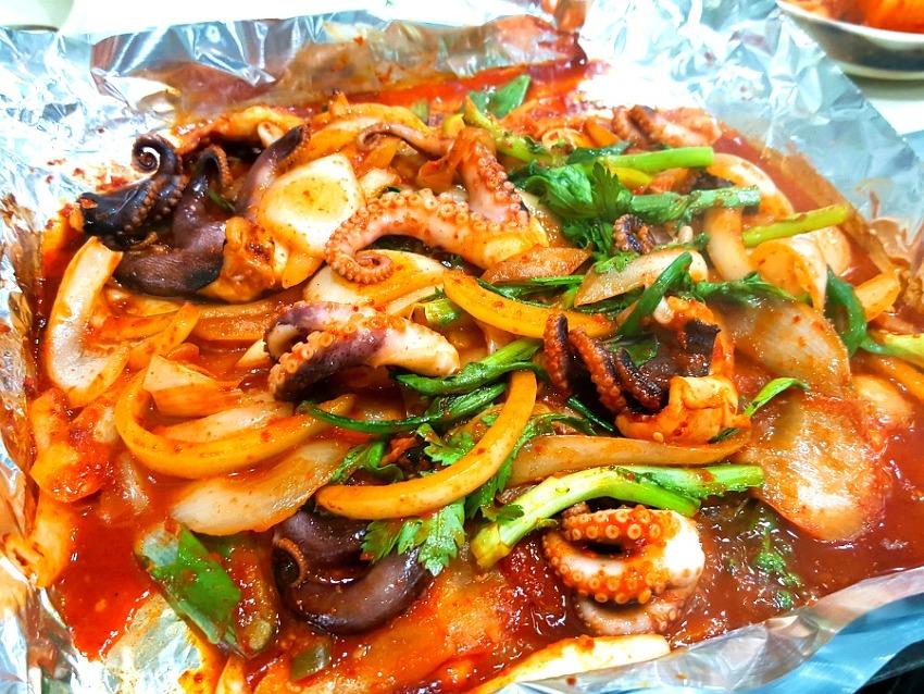쭈꾸미와 칼국수로 유명한 대전의 맛집