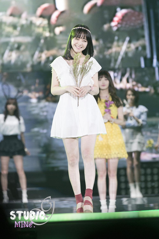 13.04.20 걸스데이 유라 민아 K-POP Collection 런웨이 by. MINe.티스토리 툴바