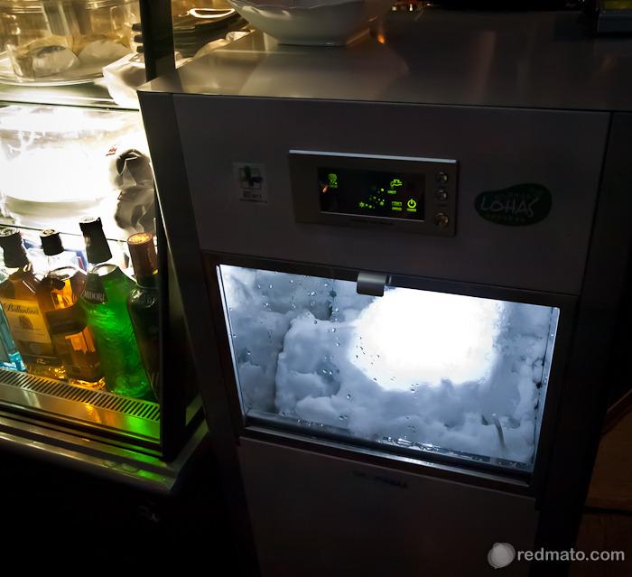 빙수제조기 - 갈린 얼음이 꼭 눈 같다