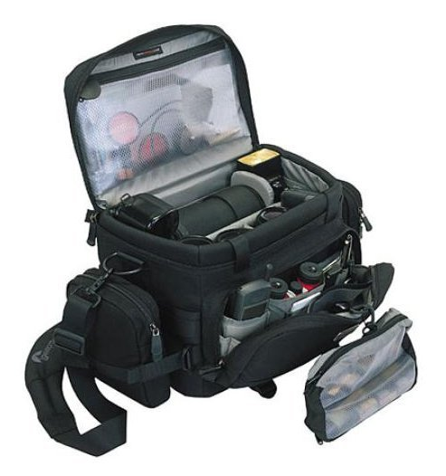 많은 장비를 안전하게 수납할 수 있는 Lowepro Compact AW 숄더백 사용기