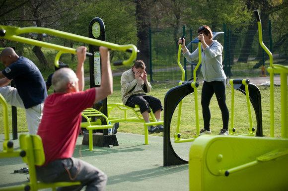 슬로워크 블로그 그린에너지 체육관 내가 만든 전력으로 운동한다