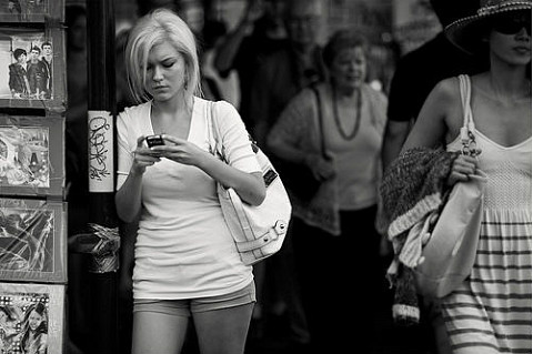 http://www.puremobile.com/communityblog/random-stuff/top-10-cell-phone-etiquette-rules-people-still-break/