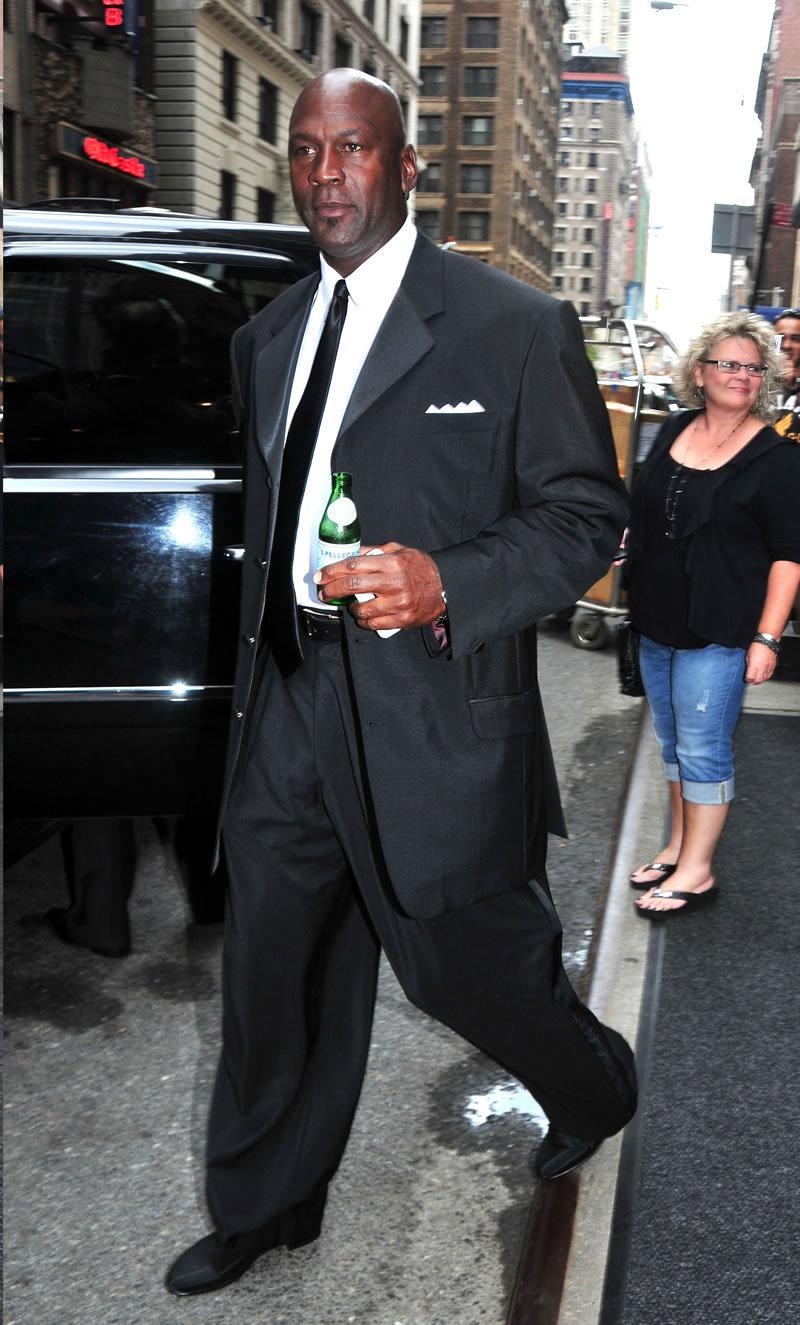 Fashion Style Gossip Man Paparazzi Photos Michael Jordan Carmen Electra Ashley Tisdale