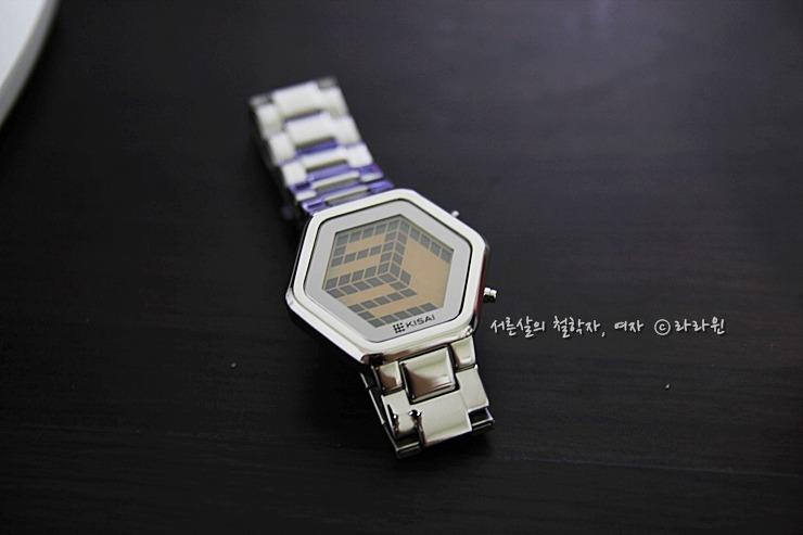 도쿄플래시재팬, 도쿄플래시, 도쿄플래쉬 재팬, 키사이, 특이한 시계, 독특한 손목시계, 신기한 손목시계, 특이한 커플시계, 독특한 커플시계, 남자친구 시계, 여자친구 시계,