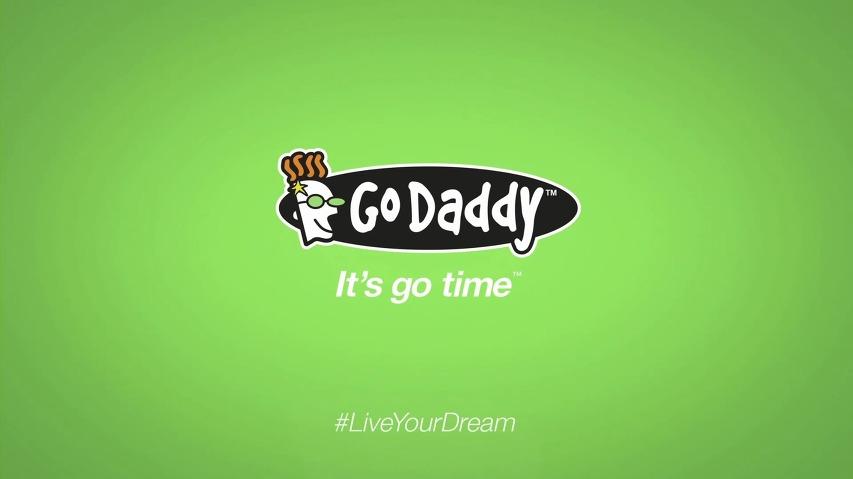 Go Daddy의 슈퍼볼(Super Bowl)광고 - 1억명이 보는 앞에서 회사를 때려치운 여자! '인형술사'편 [한글자막]