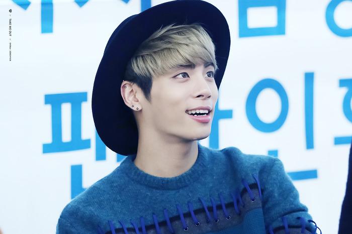 151122 Jonghyun @ 'Skeleton Flower' - Evento Fansign. 2210D84F5651C4B70964F5