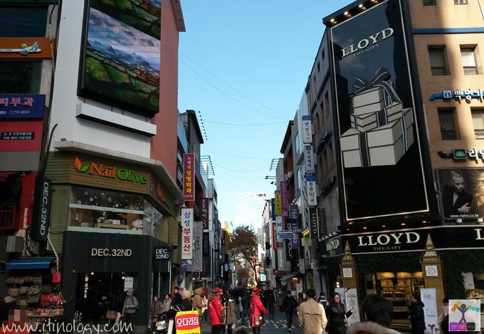 명동 明洞(ミョンドン) Myeong dong
