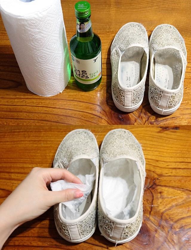플랫슈즈 신발냄새없애는방법 소주활용법 생활꿀팁