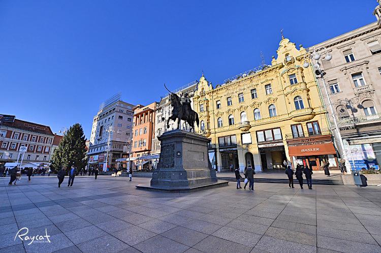 옐라치치 광장