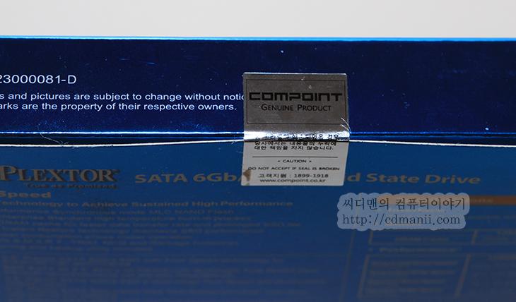 SSD 추천, SSD 추천 삼성 840 Pro, 플렉스터 M5Pro, M5 Pro, 플렉스터 M5S, 비교, 비교 벤치마크, IT, SSD, A/S, 리뷰, 사용기, 후기, SSD 추천을 해달라는 이야기를 저는 많이 듣습니다. 컴퓨터 조립 동영상 강좌를 만들때도 사전조사시 이런 요청을 너무 많이 들었는데요. 플렉스터 M5Pro 256GB와 삼성 840 Pro를 사용해보고 벤치마크 후 SSD 추천을 어떤것을 해야할지 생각해보도록 하겠습니다. SSD 제품들 중에 추천되는것들은 지금은 크게 삼성 플렉스터 인텔 이정도가 있습니다. 특히 용량면이나 성능면 A/S면에서 모든 부분에서 큰 두각을 나타내고 있는 것이 삼성이죠. 이번에 삼성에서는 840 Evo를 내어놓으면서 어느정도의 성능을 유지하면서 용량도 확 잡아버린 모델을 내어놓았죠.  삼성을 바짝 쫓고 있는 모델이 있으니 플렉스터 SSD 입니다. 그 중 플렉스터 M5Pro는 고성능 모델로 성능을 중시하는 분들이 선택하는 모델이죠. 처음 나올 때 부터 읽기 쓰기 성능이 상당히 높았고 안정성도 괜찮아서 많은 유저들에게 관심을 많이 받았습니다. 물론 중간에 한번 패키징 문제로 물의를 일으킨적이 있긴 하지만, 아직까진 성능 부분에서 삼성과 견줄만한 제품은 이 제품뿐이기에 아직 많이 사랑을 받고 있죠.  벤치상의 성능은 플렉스터와 삼성 두개의 상위 모델 경우 상당히 높은 수준을 보여줍니다. 물론 좀더 자세히 비교하면 점수상으로는 삼성 840 Pro 모델이 조금 더 앞서긴 하지만 실제 운영체제를 넣고 사용시에는 트루 스피드 기능 때문에 플렉스터 SSD가 좀 더 우세하다는 이야기도 있죠. 근데 이건 삼성도 마찬가지이긴 하지만요. 물론 최신 펌웨어가 적용되었을 때 이야기 이구요.  참고로 실제 체감성능이 어느게 더 빠르다 확 느껴진다라고 말하긴 애매합니다. 둘다 쓰고 있는 입장이지만, SSD의 특성상의 문제나 OS와 연관된 문제등의 내용으로 체감등으로 구분할 수 는 없지요. 개인적으로 생각에는 삼성이 처음 SSD를 내어놓고 상위 모델경우 가격이 좀 높게 책정되어 나올 때에는 플렉스터SSD가 상당히 가격적인 측면에서 우세했습니다. 그런데 지금은 삼성이 오히려 가격이 좀 더 낮은 상황이여서 플렉스터에 많이 기울었던 내용이 지금은 반대로 삼성에 좀 몰리고 있는 상황이죠.  각각 벤치마크를 다른 시스템에서 하면 사실 정확한 비교가 힘들죠. 같은 시스템에서 지금 비교를 해보고 평가를 간단히 해보도록 하겠습니다.