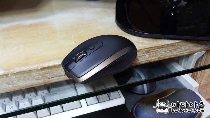 로지텍 MX 애니웨어2 모바일 마우스
