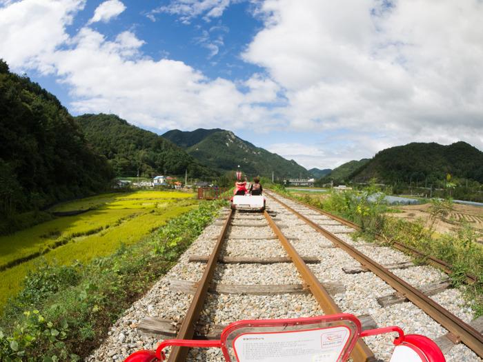 [춘천 여행] 안녕? 김유정역, 레일바이크 타고 즐기는 아름다운 강촌