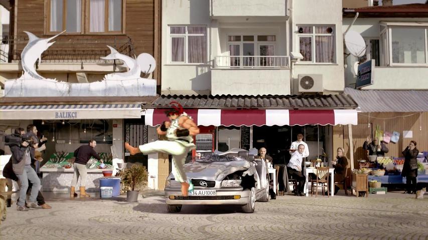 스트리트파이터2의 류가 자동차를 부순다! - 터키의 Anadolu Sigorta 자동차보험 광고 [한글자막]