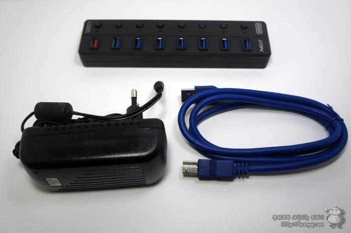 USB 허브, 추천, USB3.0 허브, 유전원, 충전, NEXT UH308, 구성