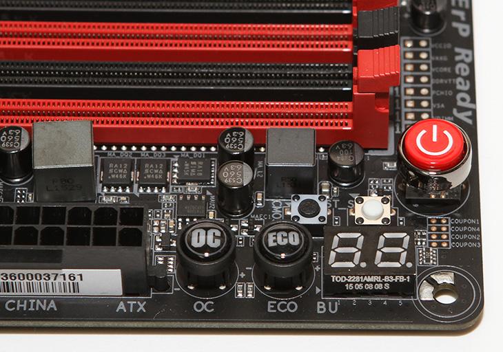 기가바이트, Z170X-GAMING GT ,시스템, 구성하기,i7 6700K 시스템,i7 6700K,i7-6700K,인텔,인텔 견적,IT,IT 제품리뷰,피씨디렉트,PCDirect,고성능의 작업을 하기 위해서 데스크탑을 안쓸 수 는 없네요. 그래서 좀 조용하면서 성능이 좋은 시스템을 만들어봤습니다. 기가바이트 Z170X-GAMING GT 시스템 구성을 해 봤는데요. i7 6700K 와 Klevv DDR4 16GB를 사용했습니다. 저장장치는 M.2 SSD M6E 256GB를 사용했습니다. 그 외에는 특별히 더 추가하진 않았는데요. 물론 저는 저장장치의 경우 외장하드와 NAS를 주로 이용 합니다. 기가바이트 Z170X-GAMING GT는 상당히 신뢰도가 높은 메인보드 인데요. 거의 끄지 않고 사용하는 제 경우에 딱 맞는 제품이죠. 잘 고장이 안나고 안정성이 좋아서 안심하고 계속 부하를 걸 수 있습니다.