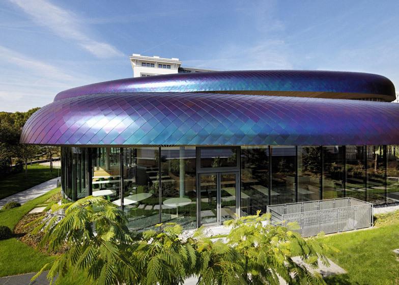 *레인보우 드래곤 루프 디자인 [ DTACC and Agence Jouin Manku ] Office amenities building