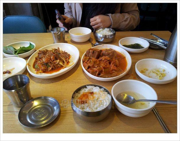 우정식당_두루치기_김치찜