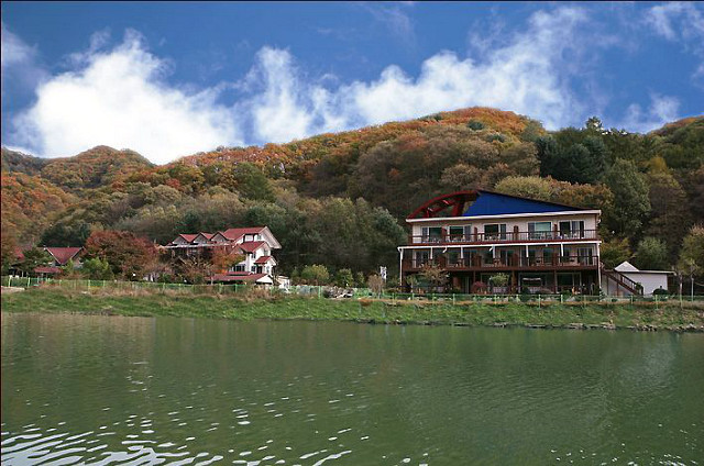 [남이섬펜션추천] 호수위에하얀집
