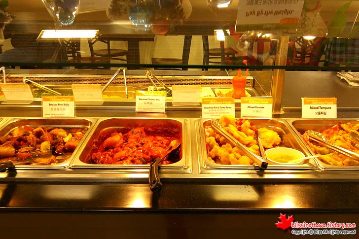 캐나다 토론토 한국 식품점 뷔페