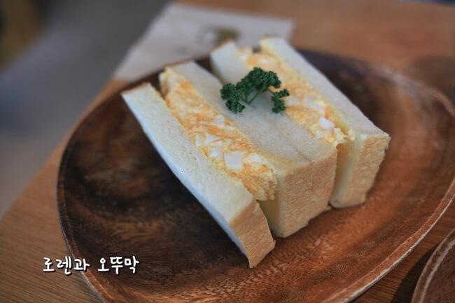하카타역 무츠카도 카페의 유명한 샌드위치7