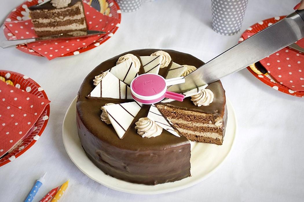 케이크를 정확히 나누는 아이디어 상품