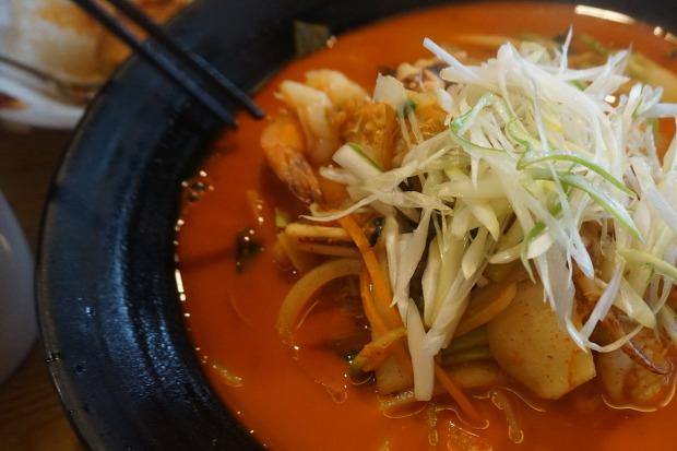 서민을 위한 미쉐린 원스타 맛집 '진진'